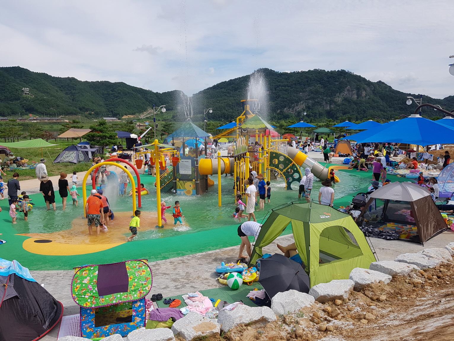 [관광진흥과]여름을 즐기자! 상주보 물놀이장 21일 개장!!.jpg