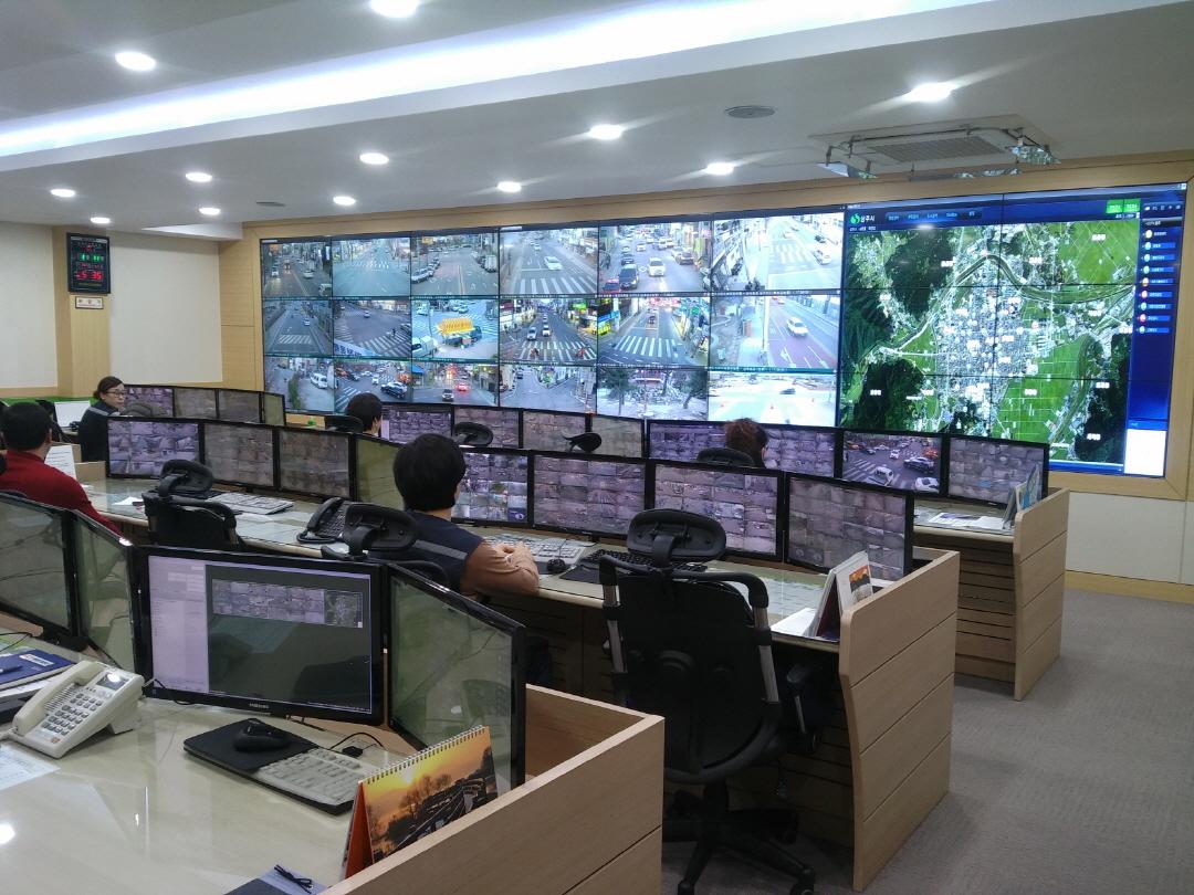[크기변환][안전재난과]실시간 모니터링으로 차량절도 용의자 검거.jpg