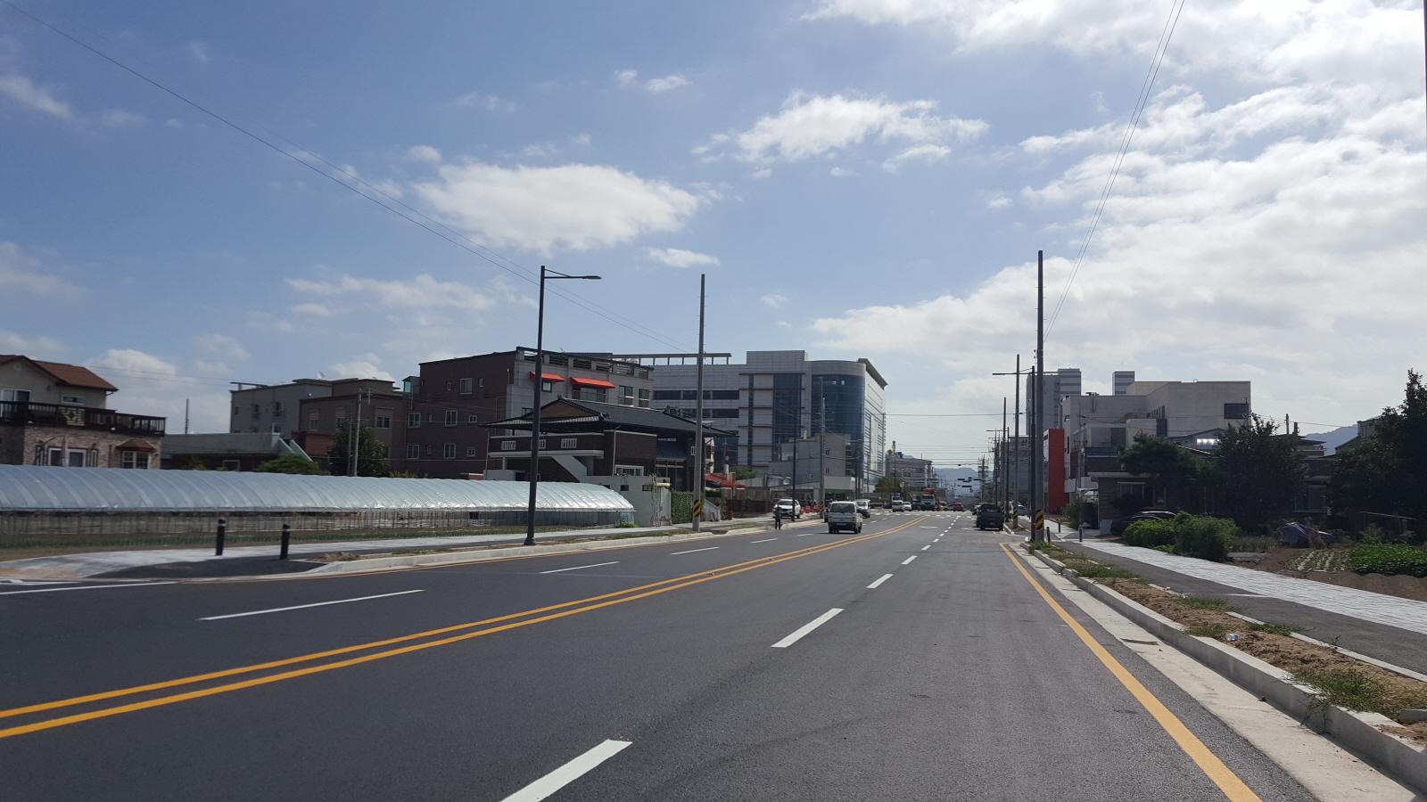 [도시디자인과]버스터미널 앞 도시계획도로 대로(3-2) 개통.jpg